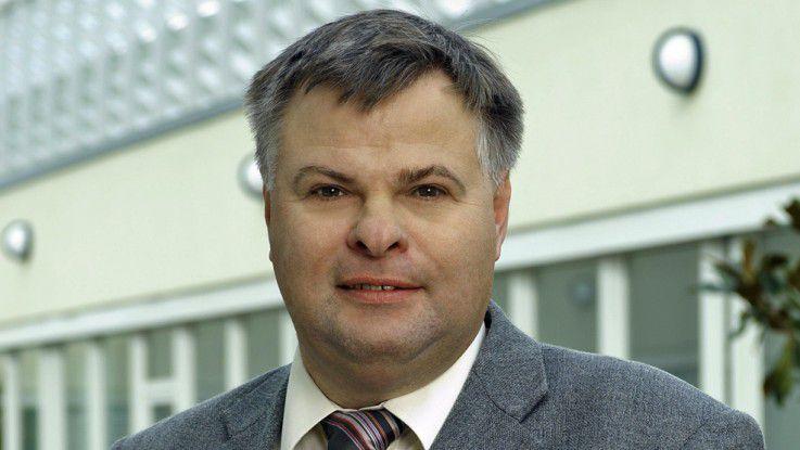 Hans-Dieter Wahl, Business-Line-Manager bei der Teldat GmbH, argumentiert für den klassischen WLAN-Ansatz.