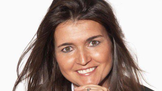 Studienleiterin Daniela Kudernatsch ist Inhaberin der Unternehmensberatung Kudernatsch Consulting & Solutions, die Firmen beim Umsetzen ihrer Strategie im Betriebsalltag unterstützt.