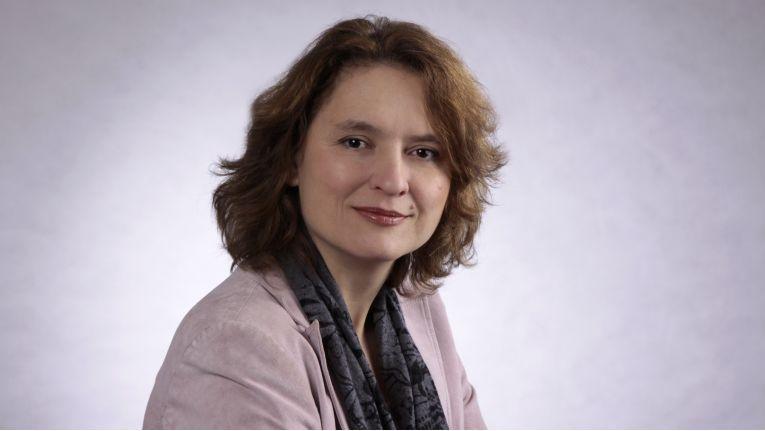Birgit Janetzky bietet neben der rein technischen Dienstleistung auch Trauerbegleitung an.