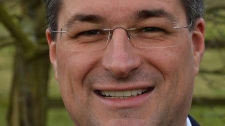 Christoph Fülscher, heute CIO bei Ludwig Görtz, hat über Referenzprojekte gelesen.