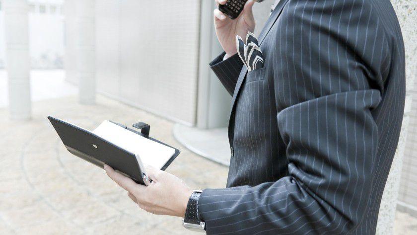 Unklare Rechtslage: Die Gerichte haben mit dem Kleingedruckten in Mobilfunkverträgen viel zu tun.