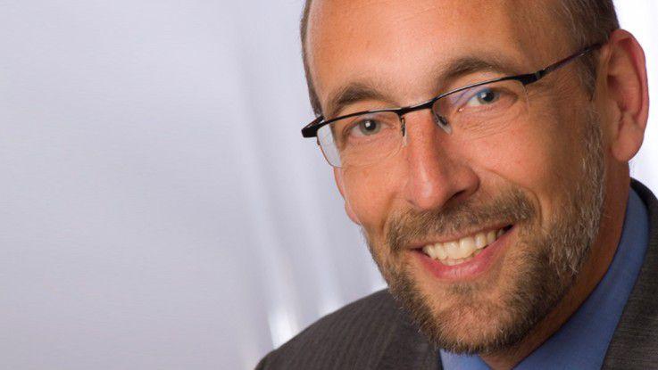 Aon-CIO Hartmut Willebrand empfiehlt regelmäßige 'Küchenpräsenzen', wenn man als Chef wirklich wissen will, wie es den Mitarbeitern geht.