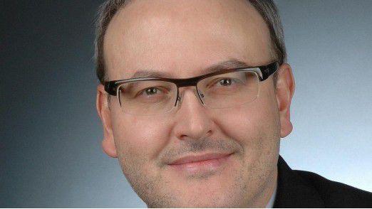 Alexander Zeier betreut bei Accenture das Geschäftsfeld In-Memory-Lösungen und kümmert sich auch um die entsprechende Weiterbildung der Kollegen.