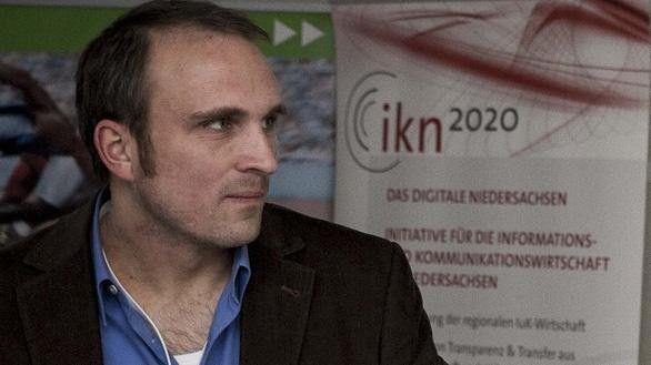 """David Sossna, ikn2020: """"Von der Zusammenarbeit zwischen Wirtschaft und Bildungseinrichtungen profitieren alle Seiten."""""""