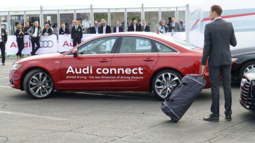 """Was versteht man unter """"pilotiertes Parken""""? Audi will es genau definieren."""