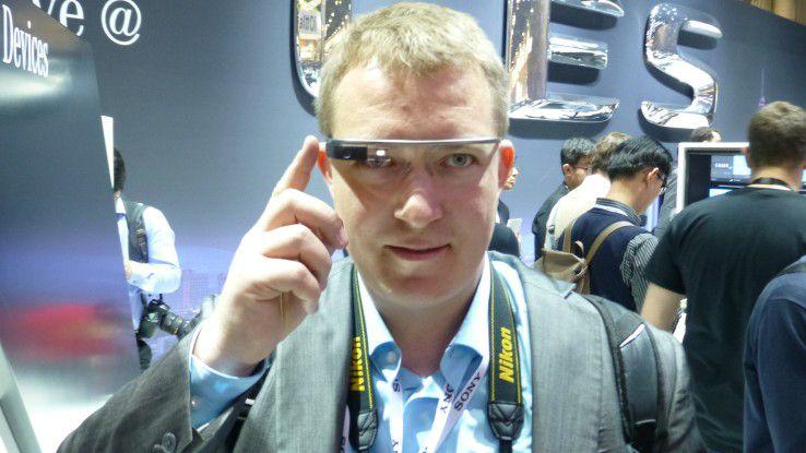 Auf den Google-Glass-Zug wollen auch etliche andere Hersteller aufspringen.