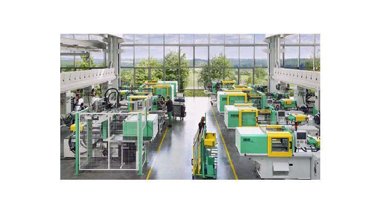 Arburg fertigt Spritzgießmaschinen für die Kunststoffverarbeitung.