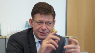 CeBIT 2015: Telekom und SAP gründen Konsortium für Industrie-4.0-Standards