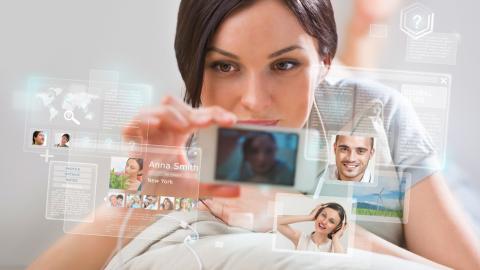 10 Thesen wie Social Media Unternehmen verändert - Foto: Kirill Kedrinski, Fotolia.com