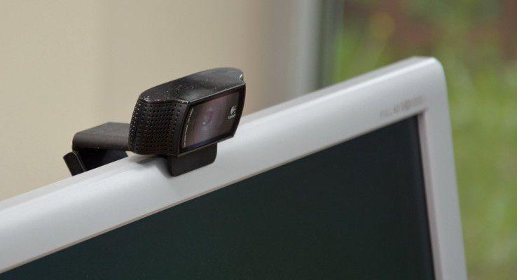 Logitech C930e Full HD Weitwinkel-Webcam mit automatischer Fokussierung.