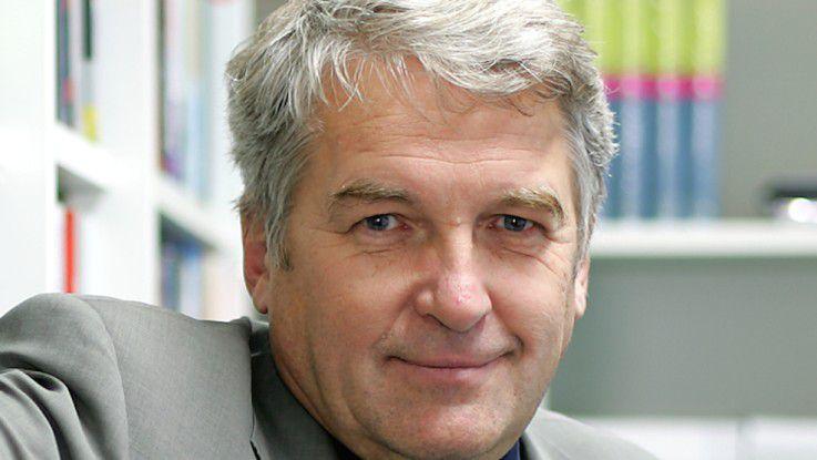 Prof. Manfred Broy, TU München, weist darauf hin, dass sich die Unternehmen bewusst werden müssen, dass die Digitalisierung ihr Geschäft stark beeinflussen und verändern wird.