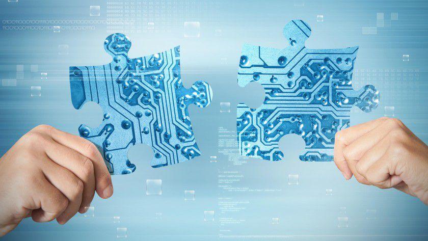 Wie viel E-Technik benötigt ein Informatiker und anders herum? Diese Frage ist nicht leicht zu beantworten. Fest steht, dass der Entwickler von Embedded-Software-Systemen die Hardware- und die Softwareentwicklung kennen muss.