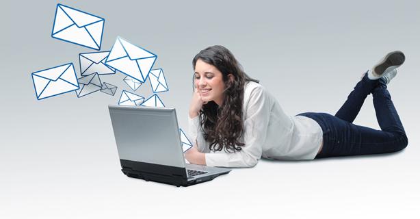 E-Mail stirbt nicht aus: Wir sind süchtig nach E-Mails - Foto: tommistock, Shutterstock.com