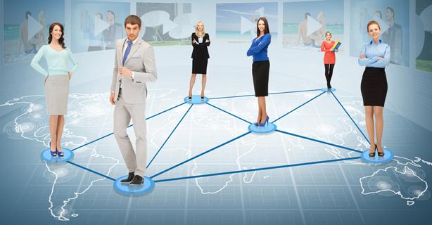 Facebook, Twitter und Co. in das Kundenmanagement integrieren: Web-basiertes Social CRM - Foto: Syda Productions, Shutterstock.com