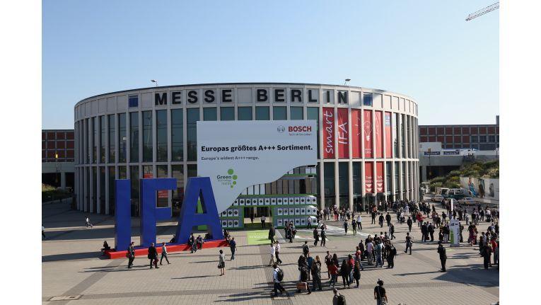 Vorteil Berlin: Auf der IFA gibt es Produkte zum Anfassen. Nicht nur virtuelle.