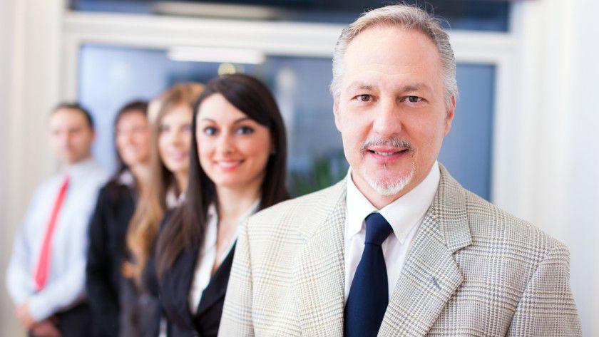 Wer zum Vorgesetzten befördert wird, sollte seine Führungsmacht nur dosiert einsetzen.