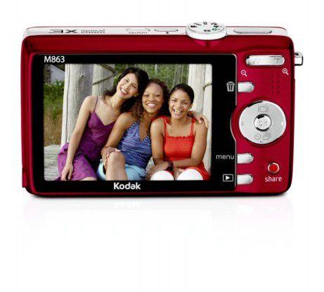 Das Display der Kodak M863 ist 2,7 Zoll groß.