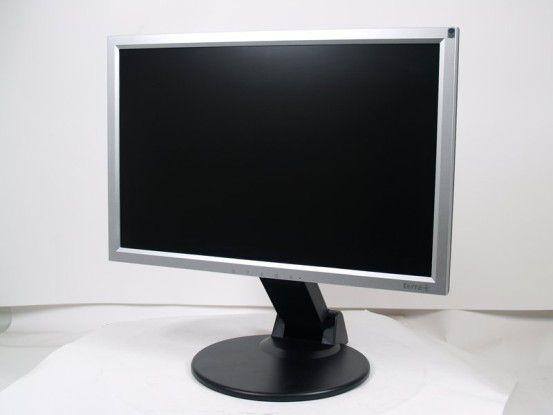 Wortmann Terra LCD 6422W PV: gutes Bild und höhenverstellbares Display