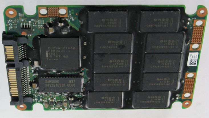 Im Praxisalltag drei Mal so schnell wie eine herkömmliche Festplatte: Kingston SSD Now E-Series SNE125-S2 32GB