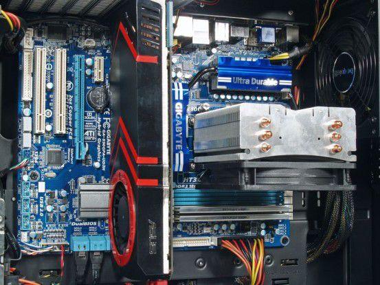 Ultraforce X6 1090T - ATI HD5870 SATA3: Grafikkarte und CPU-Kühlung