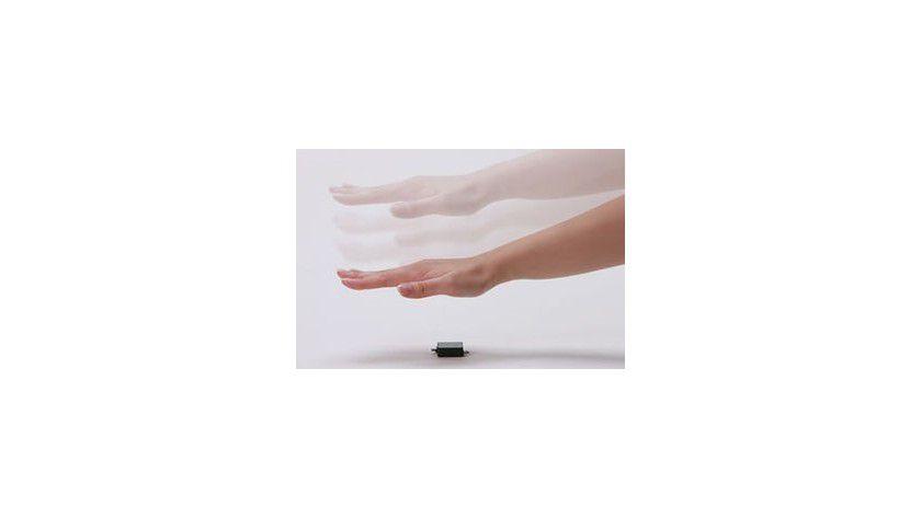 Winzling: Fujitsu präsentiert den kleinsten und dünnsten sensor zum scannen von Handvenenstrukturen.