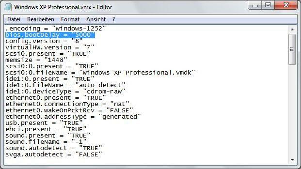 """Verzögerung: Durch den hinzugefügten Eintrag bios.bootDelay = """"5000"""" zeigt VMware den POST-Bildschirm fünf Sekunden lang an."""