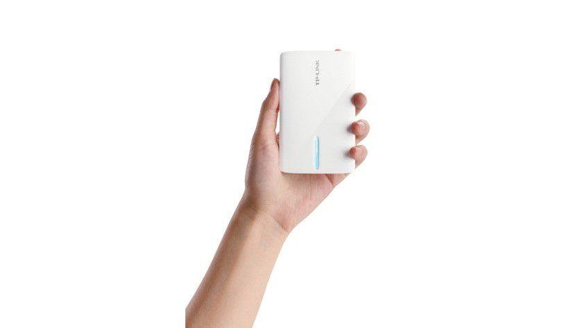 Reisebegleiter TL-MR3040: Handliches Format und Stromzufuhr per Akku und Mini-USB-Port zeichnet diese Gerät aus.