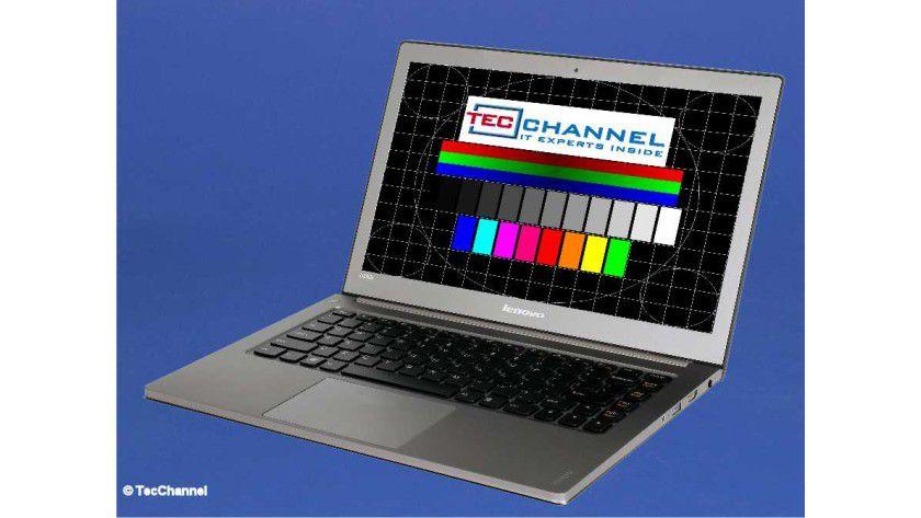Lenovo IdeaPad U300s: Das 13,3-Zoll-Display ist spiegelnd ausgeführt und arbeitet mit 1366 x 768 Bildpunkten.