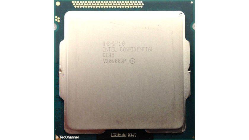 Core i7-3770K: Der Quad-Core-Prozessor mit Ivy-Bridge-Architektur arbeitet mit 3,5 GHz Basistaktfrequenz, per Turbo sind maximal 3,9 GHz möglich. Neben 8 MByte L3-Cache ist auch die integrierte Grafik-Engine HD 4000 auf dem 22-nm-Die integriert.