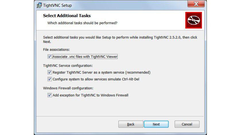 Zusatzaufgaben: Damit die Windows-Firewall die Verbindung zwischen Server und Viewer nicht behindert, empfiehlt es sich, die vorgeschlagene Ausnahmeregel zu übernehmen.