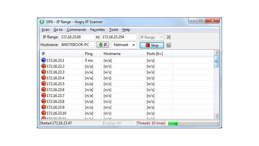 Angry IP Scanner: Nach der Netzwerksuche zeigt das Tool alle gefundenen Systeme übersichtlich mit den entsprechenden Netzwerk-Parametern an.