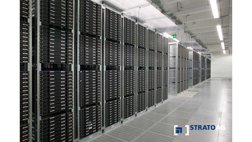 Um das Rechenzentrum möglichst effektiv auszunutzen, werden die Server oft dicht gepackt in Racks aufgestellt.