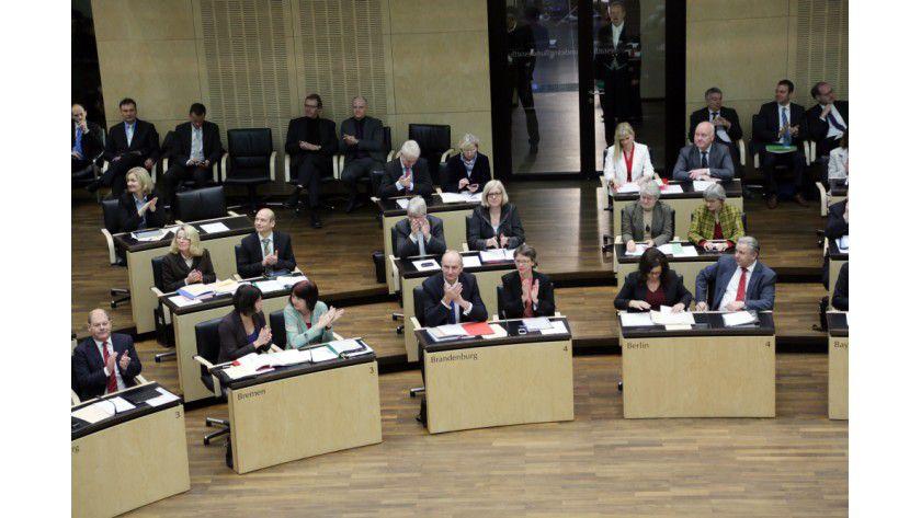 Bundesrat: Das Plenum hat erhebliche Kritik an einem Vorschlag der EU-Kommission zur Internetregulierung geäußert.