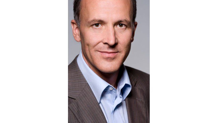 """Kai Göttmann, Direktor Geschäftsbereich Server, Tools & Cloud bei Microsoft Deutschland: """"Mit der Umbenennung in Microsoft Azure bekennen wir uns zu einer offenen Cloud-Plattform."""""""