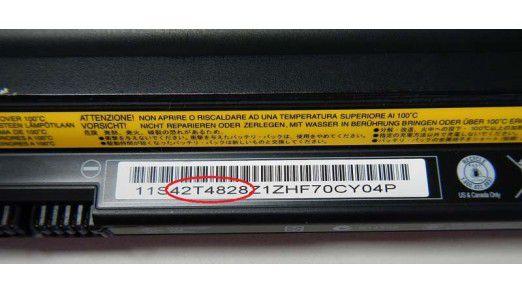 Betroffene Akkus: Über den Akku-Barcode lässt sich ermitteln, ob Ihr Akku betroffen ist. Alternativ stellt Lenovo ein Tool zur Ermittlung zur Verfügung.