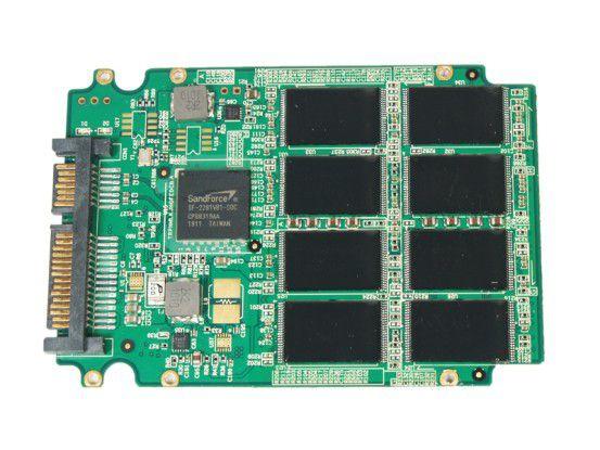 Vorderseite der SSD-Platine der Solidata X8 240GB