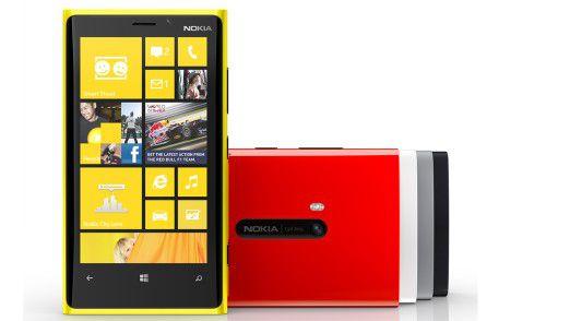 Das Nokia Lumia 920 in seinen verschiedenen Farbausführungen.