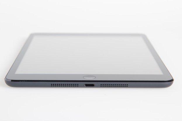 iPad Mini von unten: Lightning-Connector und Stereo-Lautsprecher