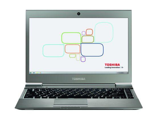 Das Toshiba Satellite Z930 wiegt nur 1089 Gramm