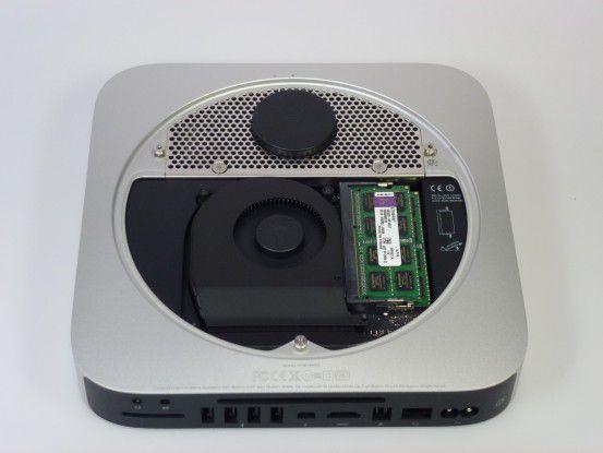 Obwohl der Einbau einer anderen Festplatte in den Mac Mini nicht einfach ist, vom Umbau, den die Techniker von Alternate selbst vornehmen, findet man keine sichtbare Spuren. Die Arbeit ist sauber und diskret durchgeführt.