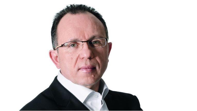 Der bisherige Director IT Cluster, Roland Schweyer, wird laut Branchenkennern den koreanischen Elektronikkonzern Samsung verlassen.