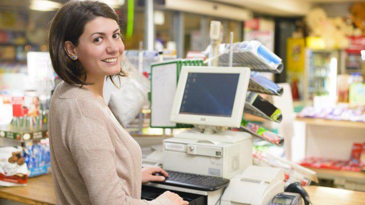 Die Versuchung der schnellen Klicks ist oft übermächtig: Immer häufiger lassen sich Verbraucher im stationären Fachhandel beraten und kaufen dann billiger im Internet.