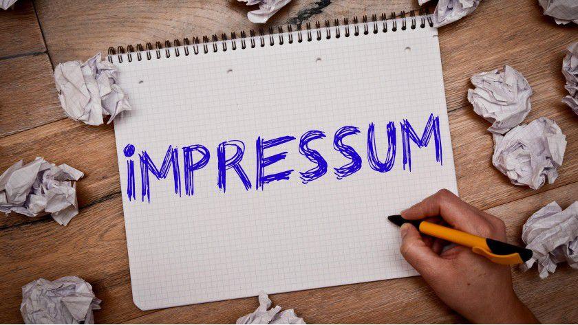 Die Impressumspflicht existiert schon seit 1997 und hat bereits mehrere Änderungen erfahren. Durch die Pflicht zur Impressumsangabe soll ein Mindestmaß an Transparenz und Information im Internet sichergestellt und zusätzliches Vertrauen in den E-Commerce (und auch M-Commerce) geschaffen werden.