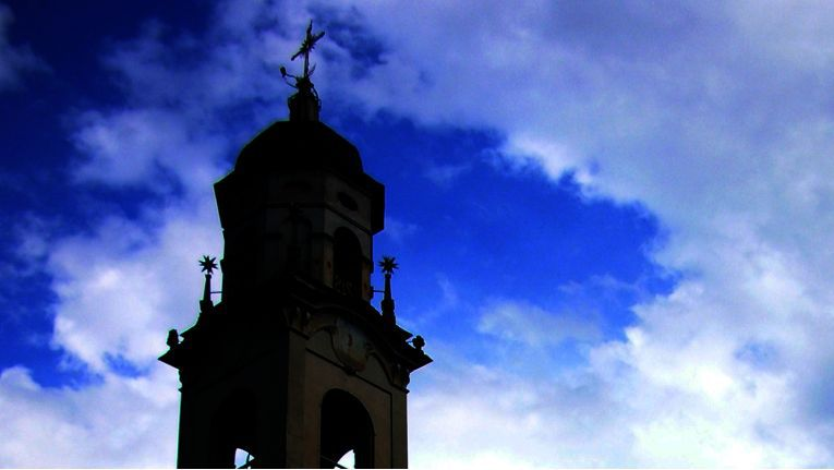 Bei der Suche nach der richtigen Geldanlage fehlte der evangelischen Kirche in München die göttliche Eingebung.