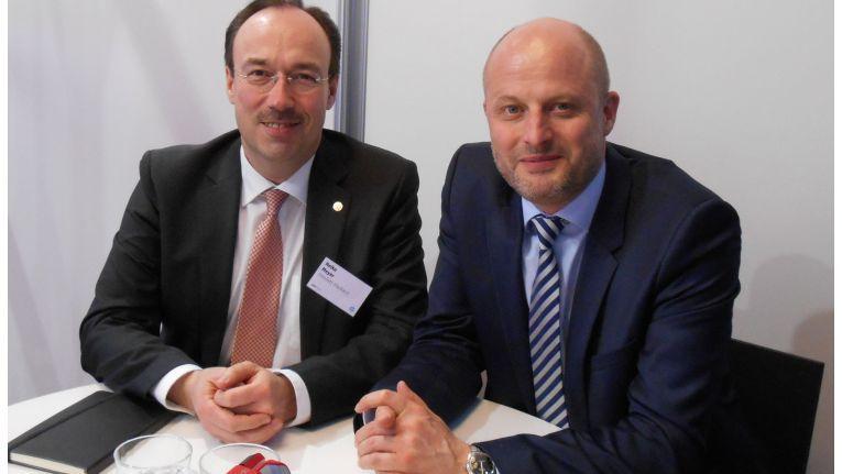 HP-Deutschandchefs (v.l.): Heiko Meyer, Vorsitzender der Geschäftsführung & Vice President der Enterprise Group, mit Jochen Erlach, Vice President für Printing und Personal Systems (PPS)