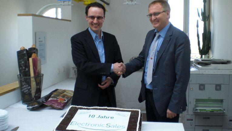 Gegründet wurde die ElectronicSales GmbH am 1. April 2004 durch Martin Pfisterer (links im Bild).
