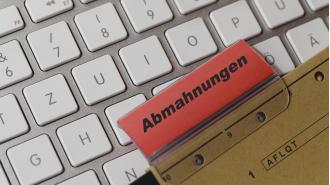 Abmahnungen bedrohen Online-Händler existenziell - Foto: zabanski - Fotolia.com