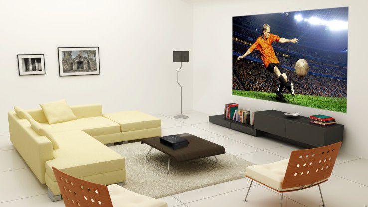 Mancher Projektor für den Meeting-Raum wird während der Fußballweltmeisterschaft in den Wohnzimmern der Mitarbeiter Überstunden schieben.