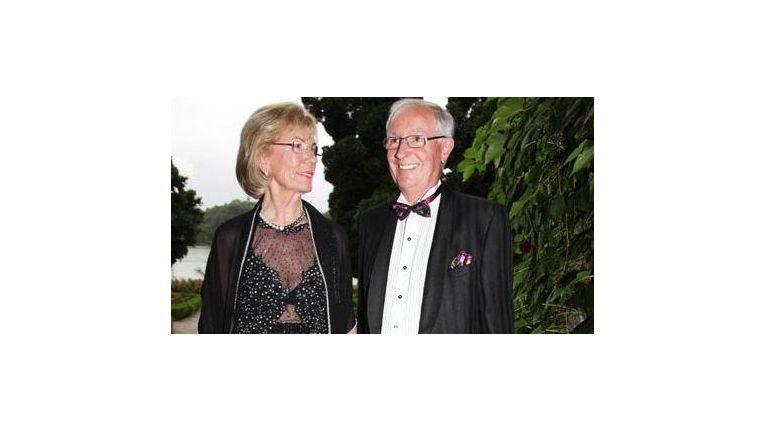 Erich Kellerhals, seine Frau Helga sowie Leopold Stiefel und Walter Gunz gründeten 1979 Media Markt. Von diesem Quartett besitzt nur noch Erich Kellerhals Unternehmensanteile.