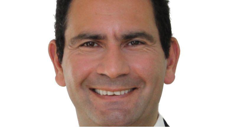 """Kourosh Ghaffari: """"Viele Unternehmer, die ich in den 90ern betreuen durfte, führten ihr Unternehmen 'aus dem Bauch heraus'. Ihr internes Rechnungswesen war teilweise katastrophal, aber auf ihre Prognosen war dennoch Verlass."""""""